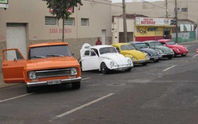 2º Pit Stop River – Encontro de carros antigos e exóticos