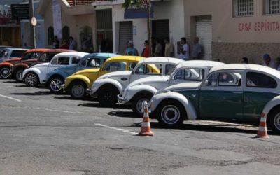 5º Pit Stop – Encontro de carros antigos e exóticos