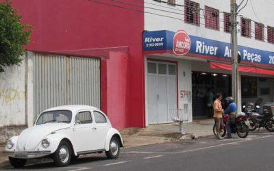 Relíquias Automotivas | Fusca 1300 74 de Inimá Artesão